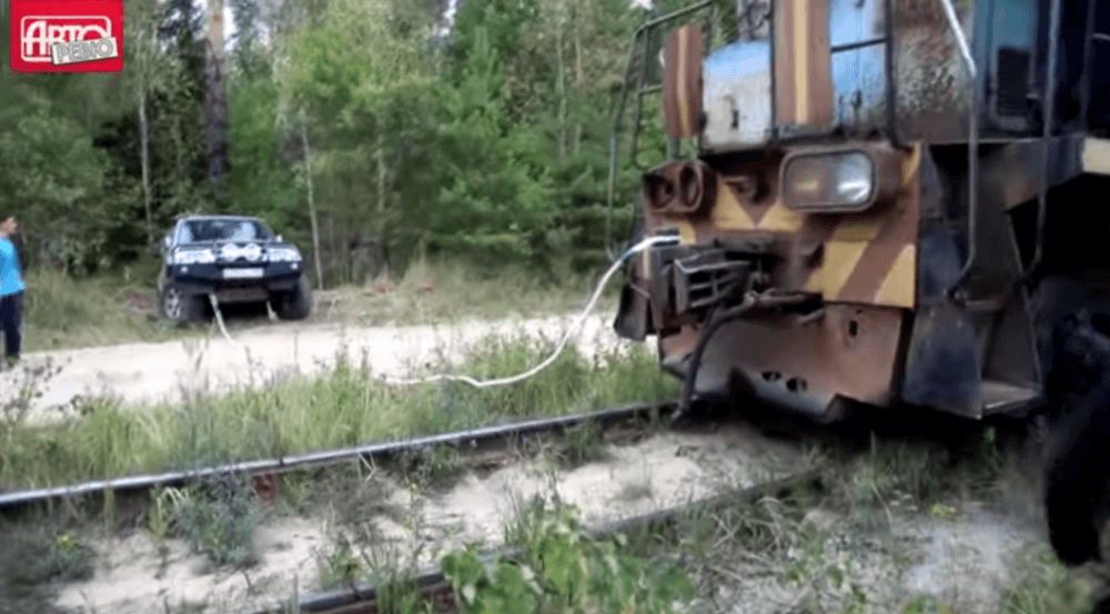 suv vs pociąg
