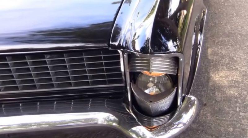 Stylowy sposób na włączenie świateł - Buick Riviera rocznik 1965