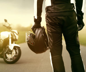 kombinezon dla motocyklisty